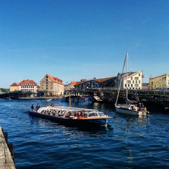 150524 boats and bridge